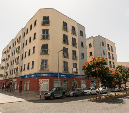Piso en alquiler en Arucas, Las Palmas, Calle Agustin Millares Carlo, 523 €, 3 habitaciones, 2 baños, 97 m2