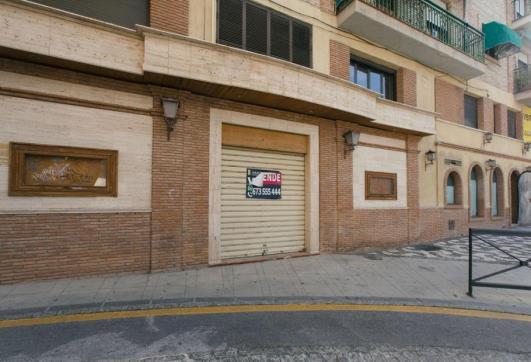 Local en venta en Granada, Granada, Plaza Campo del Príncipe, 319.200 €, 255 m2