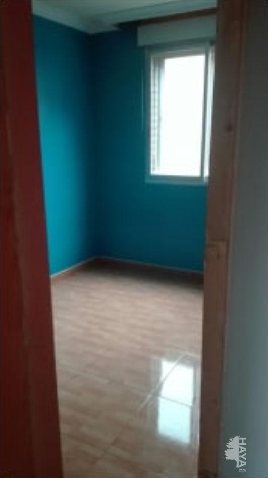 Piso en venta en Parla, Madrid, Calle Fernando Iii El Santo, 62.991 €, 3 habitaciones, 1 baño, 88 m2