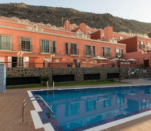 Piso en alquiler en Mogán, Las Palmas, Calle Madrid, 1.260 €, 2 habitaciones, 2 baños, 92 m2