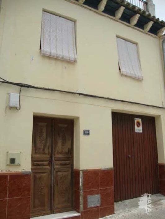 Casa en venta en Montilla, Córdoba, Calle Zarzuela Alta, 97.900 €, 3 habitaciones, 1 baño, 131 m2