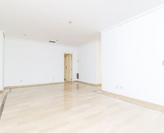 Piso en alquiler en Madrid, Madrid, Calle Henri Dunant, 1.720 €, 2 habitaciones, 111 m2
