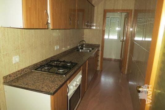 Piso en venta en Amposta, Tarragona, Calle Montells, 26.044 €, 3 habitaciones, 1 baño, 96 m2