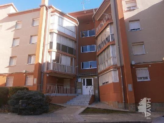 Piso en venta en Berga, Barcelona, Calle Santa Eulalia, 24.368 €, 3 habitaciones, 1 baño, 57 m2