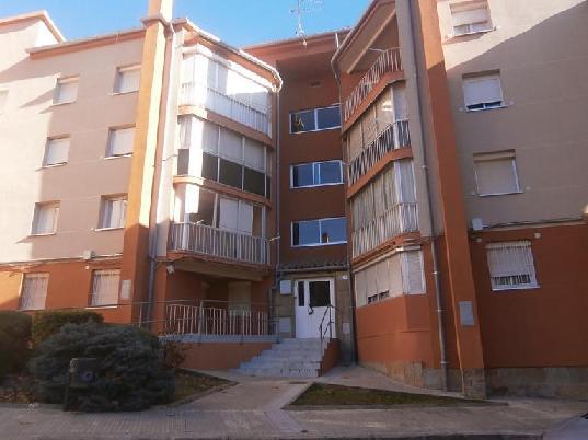 Piso en venta en Berga, Barcelona, Calle Santa Eulalia, 25.650 €, 3 habitaciones, 1 baño, 57 m2