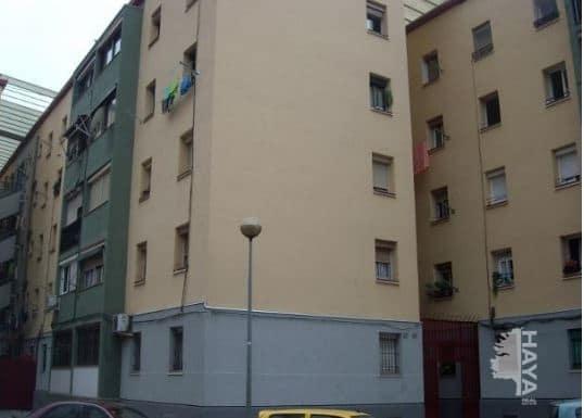 Piso en venta en Badalona, Barcelona, Calle Cordoba, 64.608 €, 3 habitaciones, 1 baño, 62 m2