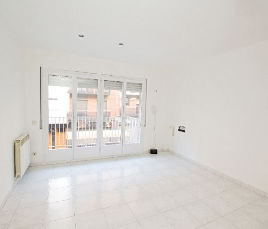 Piso en alquiler en Berga, Barcelona, Calle Salvador Espriu, 450 €, 4 habitaciones, 2 baños, 126 m2