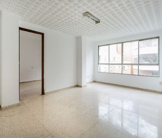 Piso en alquiler en Palma de Mallorca, Baleares, Calle Capita Vila, 825 €, 3 habitaciones, 2 baños, 92 m2