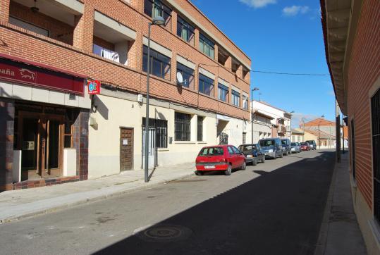 Local en venta en Villanueva de Duero, Valladolid, Calle Real, 57.600 €, 196 m2