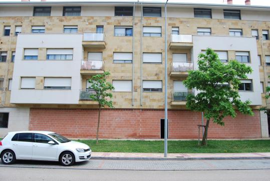 Local en venta en Arroyo de la Encomienda, Valladolid, Calle Hernando Soto, 65.800 €, 118 m2