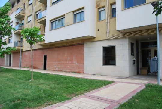 Local en venta en Arroyo de la Encomienda, Valladolid, Calle Hernando Soto, 77.100 €, 140 m2