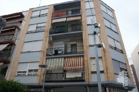 Piso en venta en Benicarló, Castellón, Calle Hernan Cortes, 38.752 €, 4 habitaciones, 2 baños, 110 m2