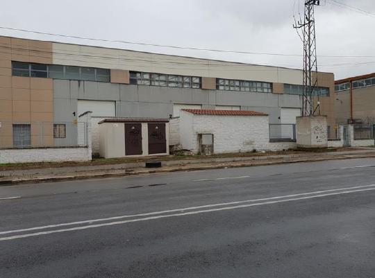 Industrial en venta en Los Colorines, Badajoz, Badajoz, Avenida Antonio Nevado, 561.000 €, 2158 m2
