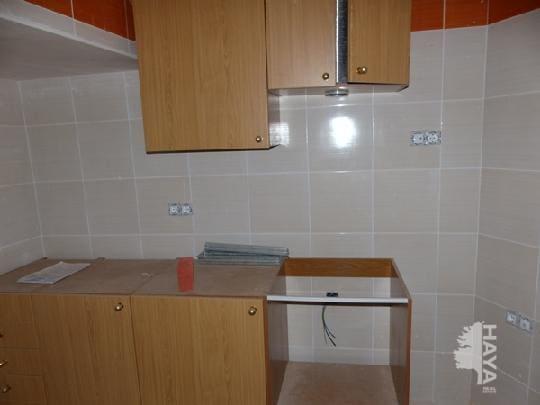 Piso en venta en Piso en L` Alcora, Castellón, 68.935 €, 3 habitaciones, 2 baños, 114 m2