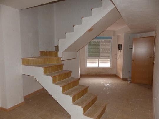 Piso en venta en Piso en L` Alcora, Castellón, 85.295 €, 3 habitaciones, 2 baños, 125 m2