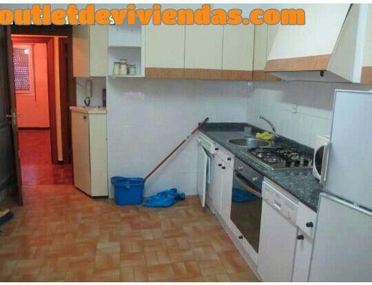 Piso en venta en Abetxuko, Vitoria-gasteiz, Álava, Calle los Nogales, 73.400 €, 3 habitaciones, 1 baño, 58 m2