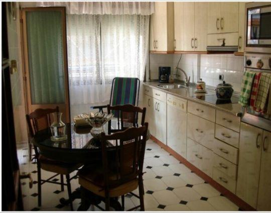 Piso en venta en Portugalete, Vizcaya, Calle Pio Baroja, 141.800 €, 3 habitaciones, 1 baño, 75 m2