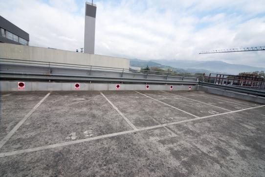 Parking en venta en Durango, Vizcaya, Calle Aliendalde, 2.300 €, 11 m2