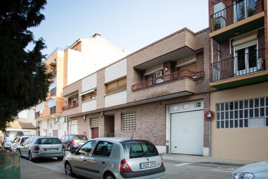 Local en venta en Casetas, Zaragoza, Zaragoza, Calle Domingo Legua Rudilla, 120.000 €, 159 m2