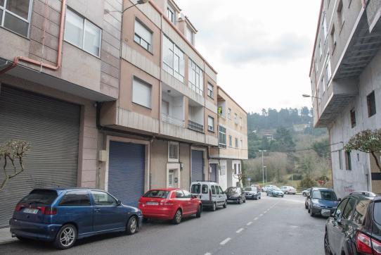 Local en venta en Barbadás, Barbadás, Ourense, Calle Dos Carris, 66.700 €, 278 m2