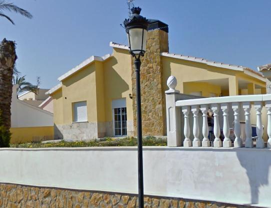 Casa en venta en Huércal-overa, Almería, Calle Palmeras, 108.000 €, 3 habitaciones, 2 baños, 98 m2