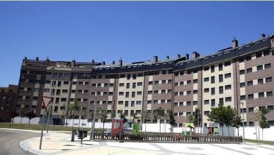 Piso en venta en La Flecha, Arroyo de la Encomienda, Valladolid, Calle Gregorio Marañon, 94.640 €, 3 habitaciones, 2 baños, 74 m2