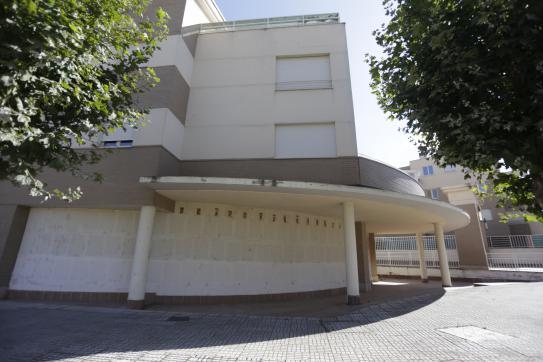 Local en venta en Signo Xxv, Santa Marta de Tormes, Salamanca, Avenida Zamora, 113.000 €, 548 m2