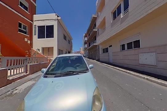 Piso en venta en San Isidro, Granadilla de Abona, Santa Cruz de Tenerife, Calle Princesa Guacimara, 66.700 €, 1 habitación, 1 baño, 48 m2