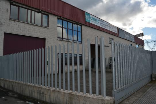 Industrial en venta en Los Bloques, Siero, Asturias, Calle los Robles, 300.000 €, 730 m2