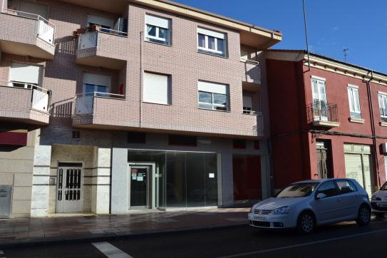 Local en venta en Trobajo del Cerecedo, León, León, Avenida Madrid, 74.460 €, 137 m2