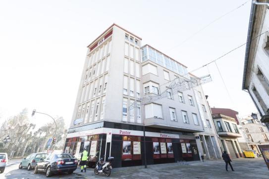 Piso en venta en Padrón, A Coruña, Calle Rua Real, 68.875 €, 4 habitaciones, 2 baños, 117 m2