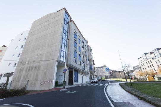 Local en venta en Pontevedra, Pontevedra, Calle Angel Amor Ruibal, 56.400 €, 102 m2