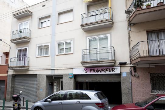 Local en venta en Premià de Mar, Barcelona, Calle Enric Granados, 138.100 €, 131 m2