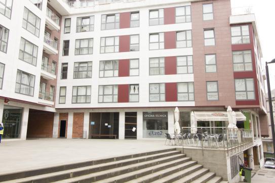 Local en venta en Betanzos, A Coruña, Calle Rollo, 87.400 €, 146 m2