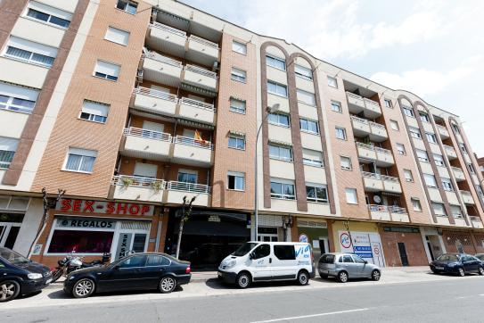 Local en venta en Yagüe, Logroño, La Rioja, Calle Barrera, 205.000 €, 302 m2