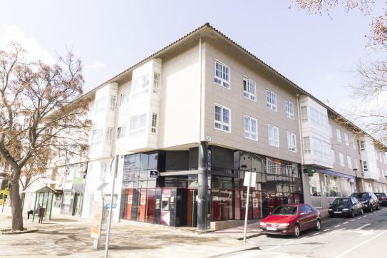 Local en venta en Oleiros, A Coruña, Avenida Fracisca Herrera, 140.000 €, 94 m2