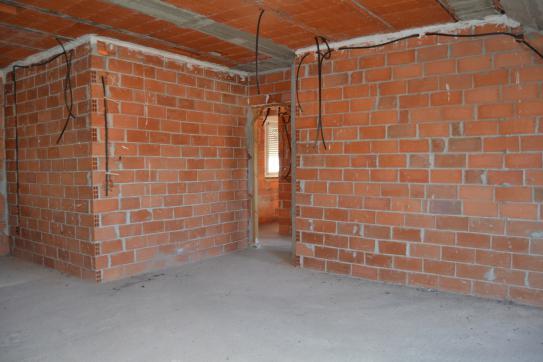 Piso en venta en Piso en Carrizo, León, 38.100 €, 4 habitaciones, 1 baño, 168 m2