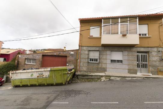 Industrial en venta en Industrial en Vigo, Pontevedra, 62.400 €, 152 m2