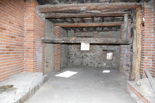 Casa en venta en Mombeltrán, Ávila, Calle Doctor Justo Revuelta, 32.200 €, 3 habitaciones, 1 baño, 251 m2