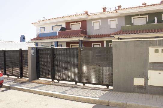 Casa en venta en La Vall D`uixó, Castellón, Calle Joanot Martorell, 119.375 €, 3 habitaciones, 3 baños, 128 m2
