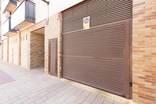 Parking en venta en Calahorra, La Rioja, Calle Antonio Machado, 8.300 €, 25 m2