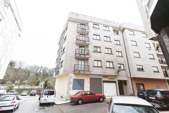 Piso en venta en Ponteareas, Pontevedra, Calle Gavilan, 97.500 €, 3 habitaciones, 2 baños, 99 m2