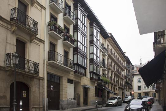 Piso en venta en Lapitze, Irun, Guipúzcoa, Calle Leguia, 410.310 €, 4 habitaciones, 2 baños, 173 m2
