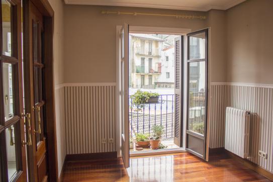 Piso en venta en Piso en Irun, Guipúzcoa, 410.310 €, 4 habitaciones, 2 baños, 173 m2