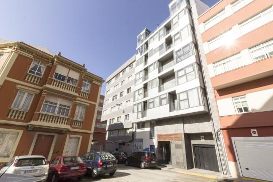 Local en venta en Torre-as Atochas, A Coruña, A Coruña, Calle Independencia, 373.800 €, 216 m2