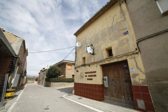 Local en venta en Torre de Mariano El Guerxo, Bellvís, Lleida, Calle Ángel Guimerà, 47.100 €, 193 m2