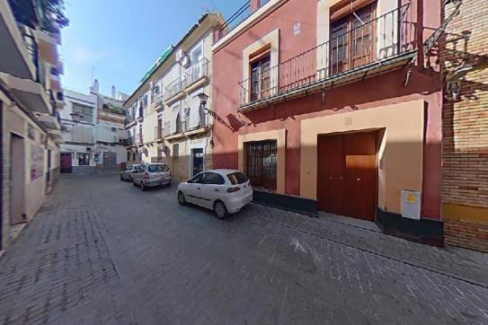 Piso en venta en Triana, Sevilla, Sevilla, Calle Fabie, 140.700 €, 1 baño, 38 m2