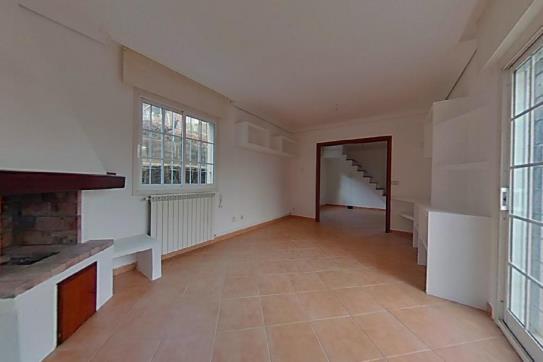 Casa en venta en Casa en Salceda de Caselas, Pontevedra, 110.400 €, 2 habitaciones, 3 baños, 258 m2