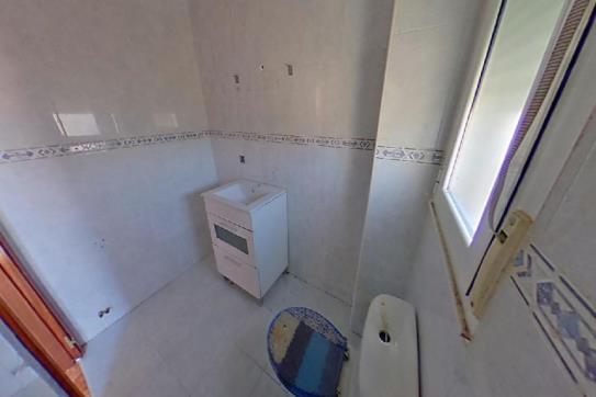 Casa en venta en Casa en Cigales, Valladolid, 112.000 €, 1 baño, 267 m2