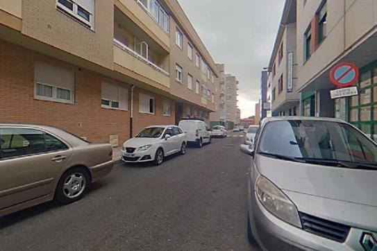 Piso en venta en León, León, Calle Cofradía del Ciento, 138.000 €, 1 habitación, 1 baño, 109 m2